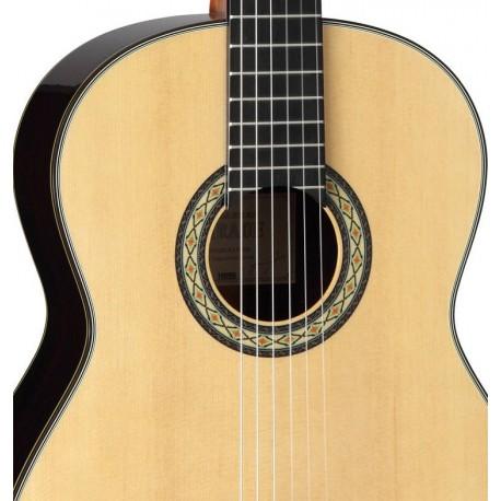 TAKAMINE Classical & Hirade Guitar - Gloss Natural